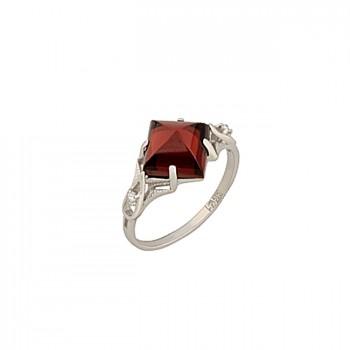 КЛЕОПАТРА кольцо из золота с бриллиантами и гранатом