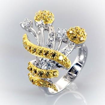 АЛКМЕНА позолоченное кольцо из серебра с фианитами